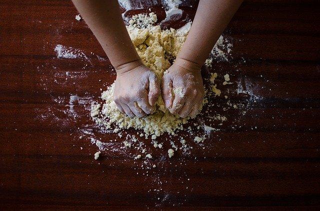 dough-923037_640